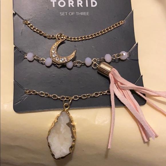 torrid Jewelry - Torrid 3 piece gold tone necklace set